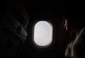 Einschlafen im Flugzeug: Tipps einer Stewardess