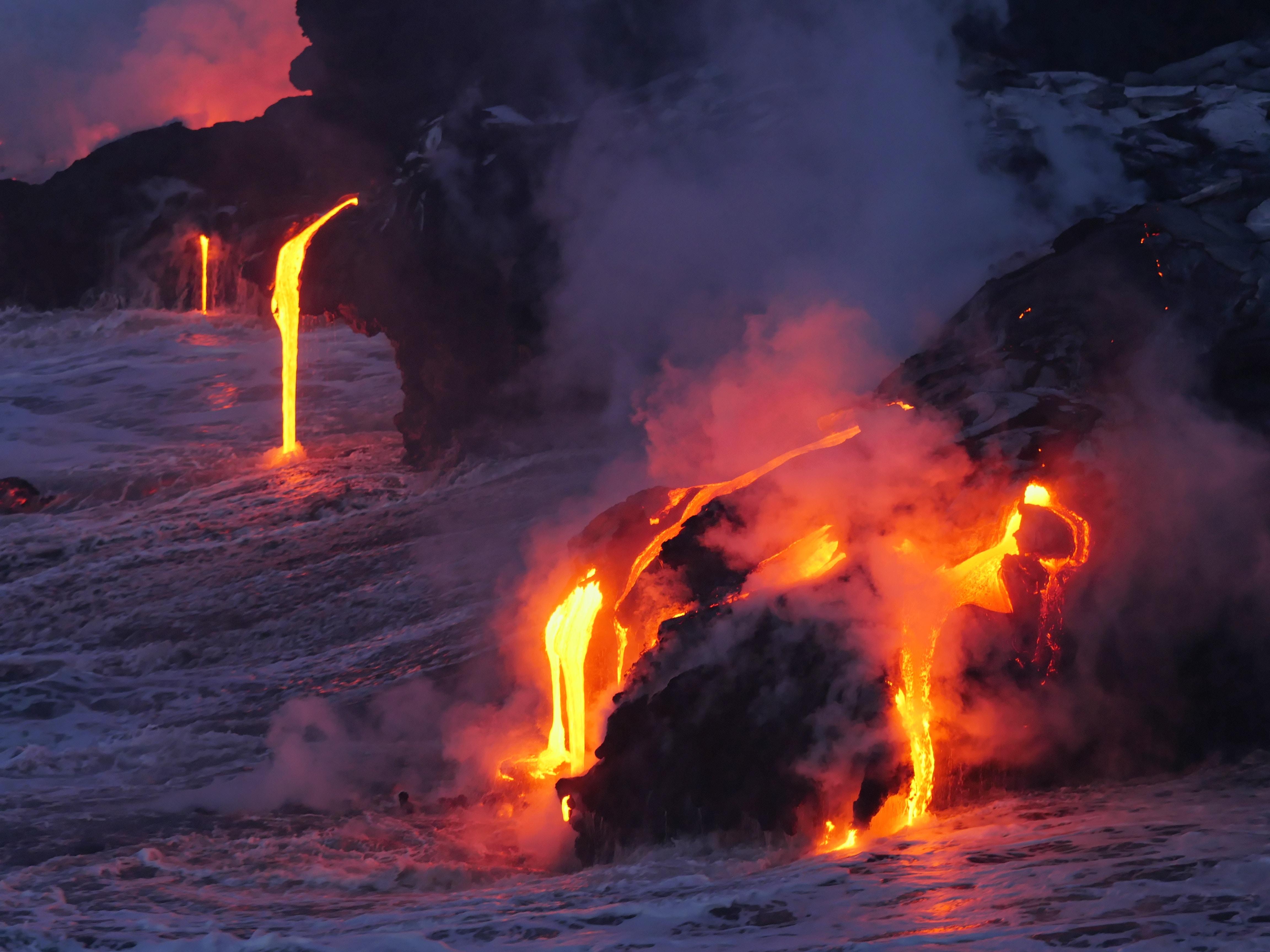 Gefährliche Touristenorte - Vulkane sind nicht nur wegen Lava gefährlich