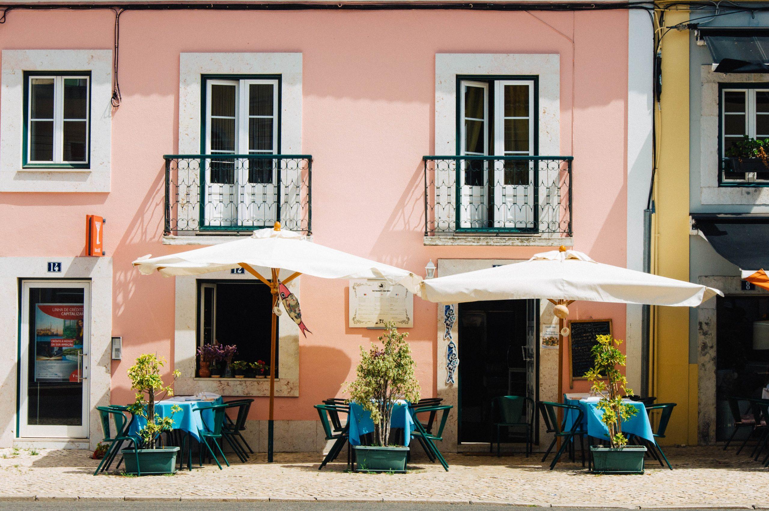 Reise nach Portugal - Photo by Clifford on Unsplash